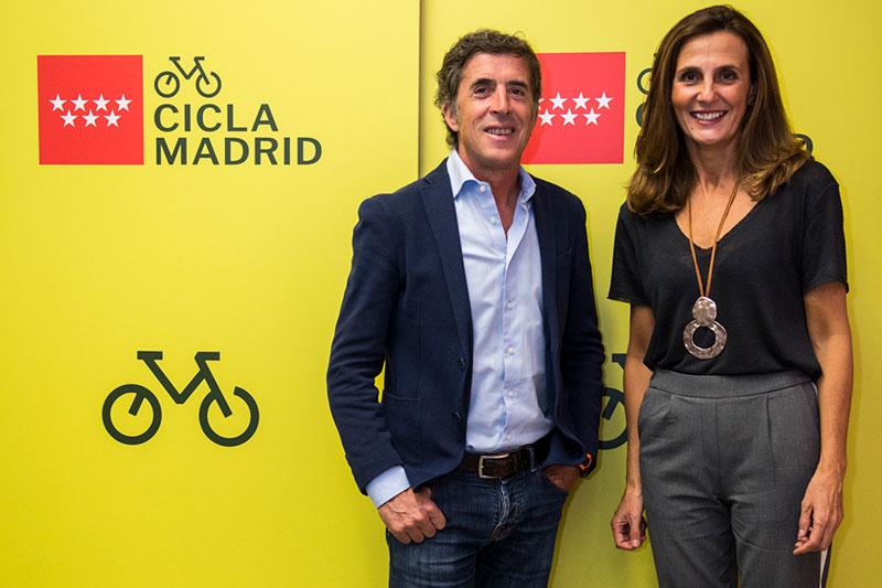 Pedro Delgado y Marta Blanco Directora General de Turismo de la Comunidad de Madrid