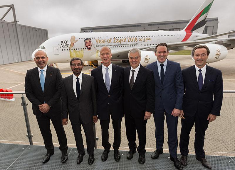 Celebración de la entrega del avión A-380 número 100 a Emirates