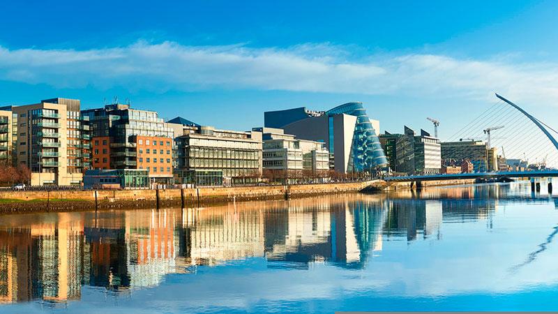 Vista de Dublín desde el río