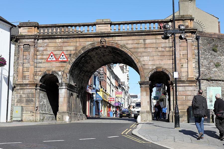 Puerta de Ferryqyay street