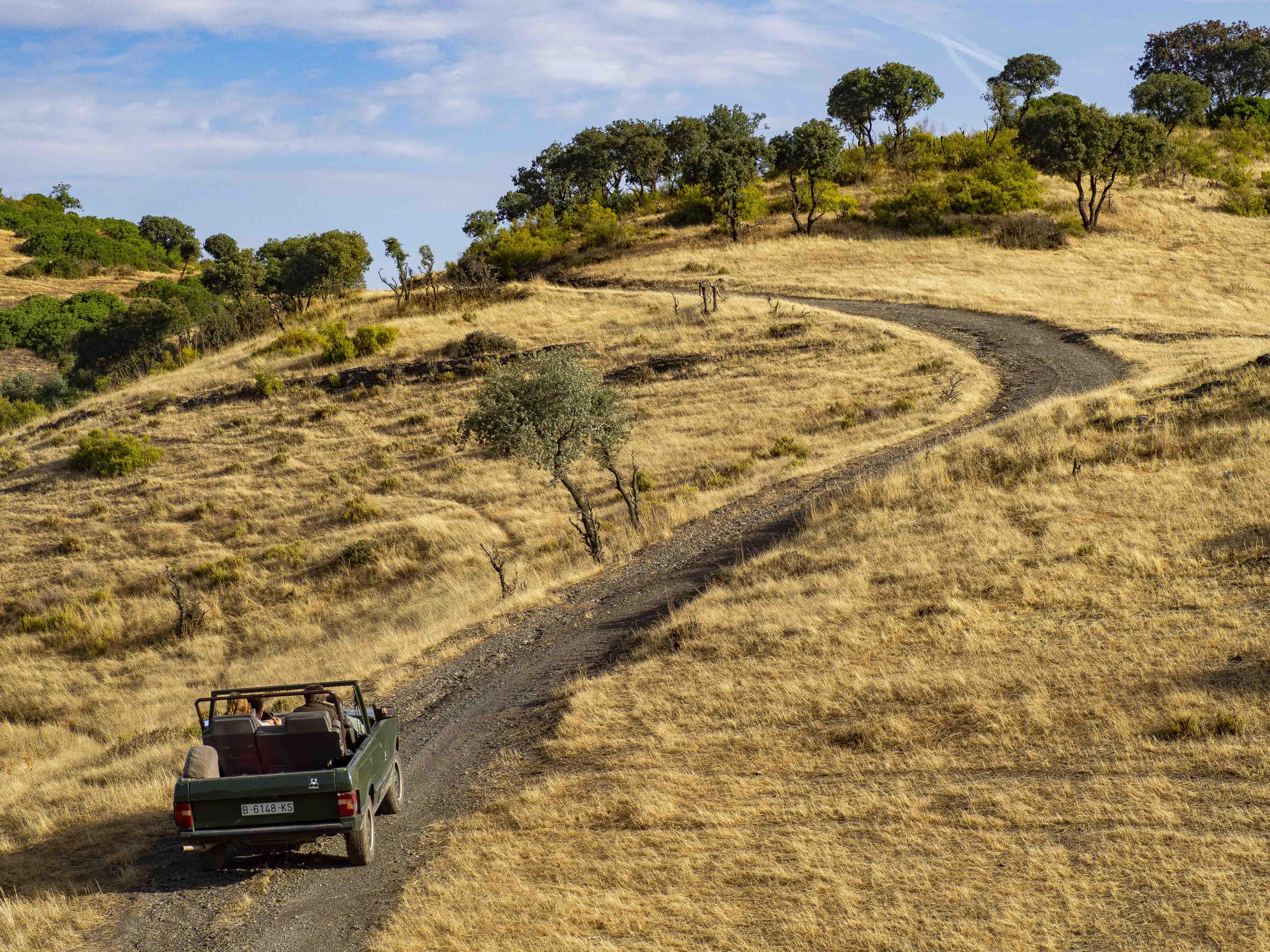 Caminos escarpados pero los todoterrenos y la maestría de sus conductores, hacen que sea un paseo muy agradable
