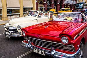 Vehículos clásicos en cuba