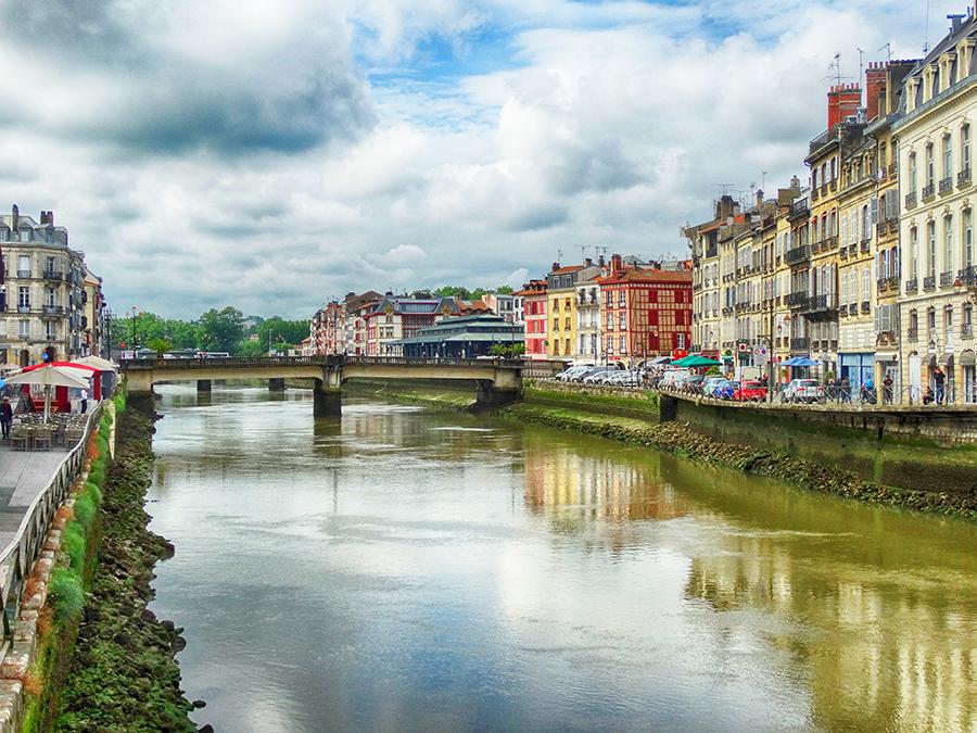 Bayona el río Nive
