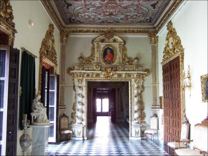 Palacio Ducal de Gandía, Sala Dorada