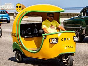 Cocotaxi en el Malecón