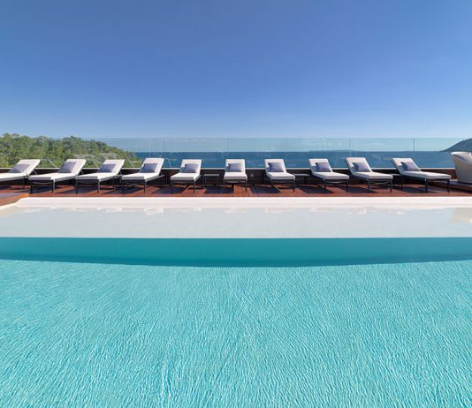 Piscina azotea Hotel Aguas de Ibiza