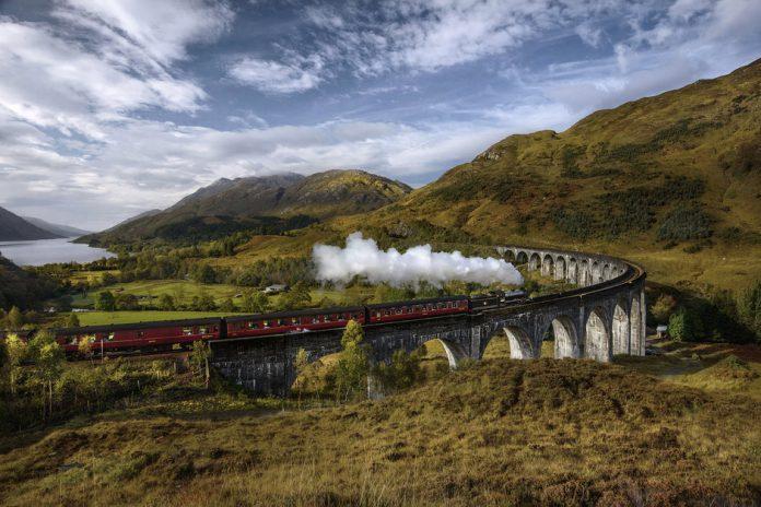 Tren de Harry Potter, cinco planes en tren para este verano