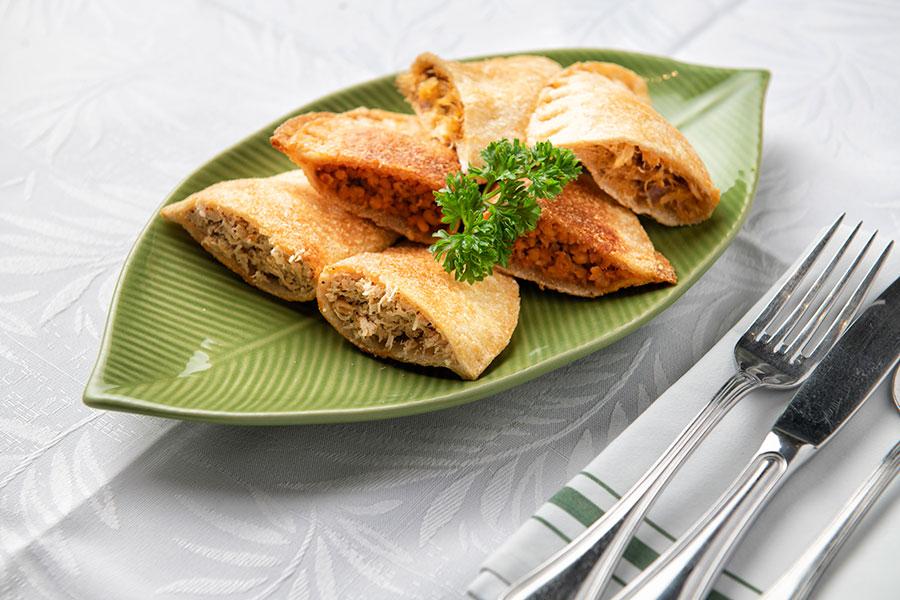 Catibias pollo, res, lambi, queso y bacalao