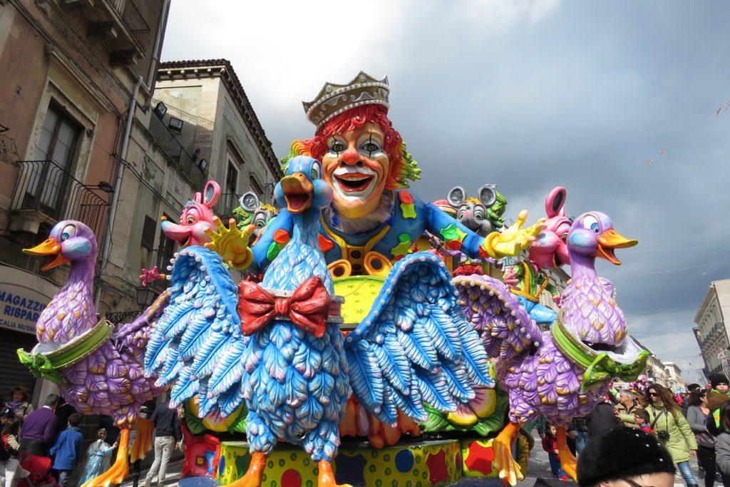 El Carnaval de Acireale, Sicilia
