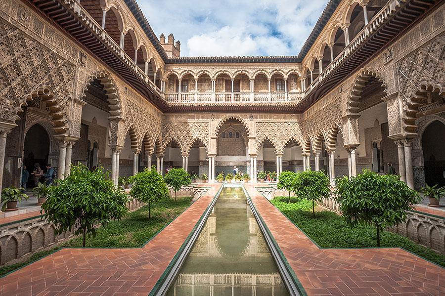 Reales Alcazares de Sevilla uno de los 5 jardines Patrimonio Mundial de la UNESCO en España