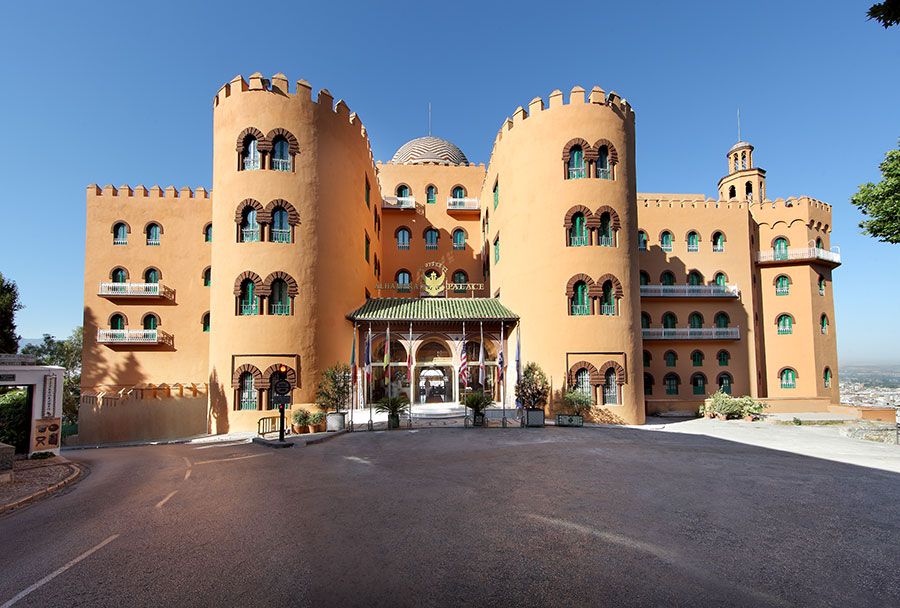 Fachada del Hotel Alhambra Palace